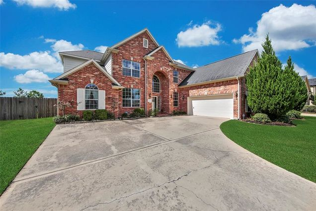 2110 Dovetail Falls Lane, Pearland, TX 77089 - MLS# 68909195