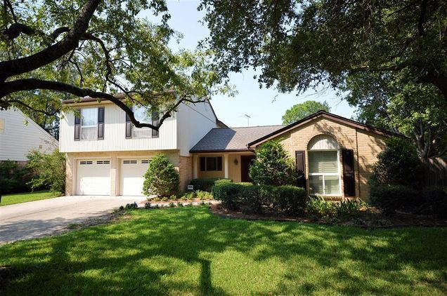 14006 Overbrook Lane, Houston, TX 77077 - MLS# 60645468 | Estately