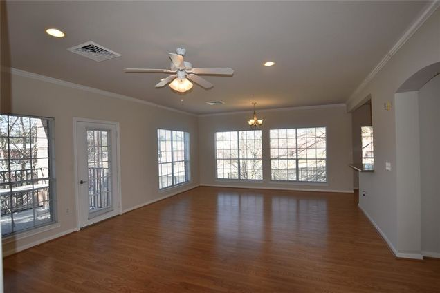 2815 Kings Crossing Drive Unit214 - Photo 1 of 1
