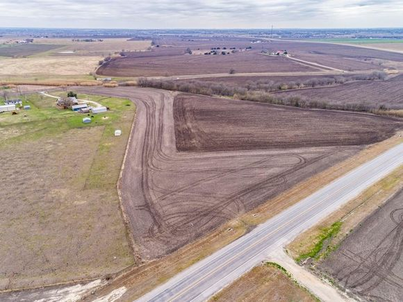 Tbd 4.64 Acres N F M Rd 973 - Photo 1 of 7