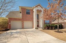 414 Clarence CT