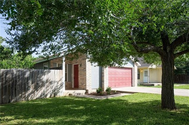 1201 conway dr san marcos tx 78666 mls 9336370 estately