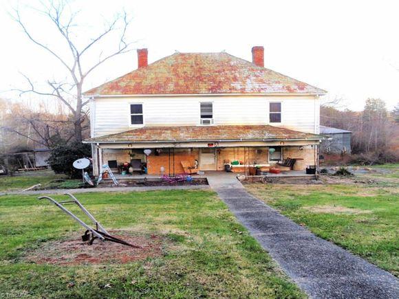 987 Bethany Road - Photo 1 of 4