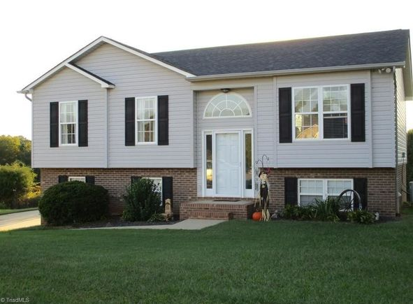 132 Belmont Place Drive - Photo 1 of 25