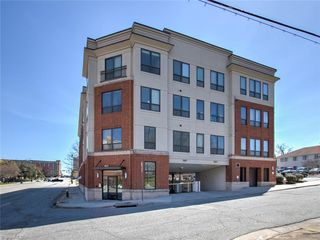 411 W Washington Street Unit302