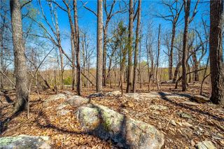 5463 Eagles Nest Trail
