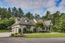 646 Pinewood Forest Drive