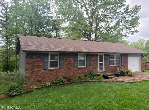395 Dixie Hill Road - Photo 1 of 24