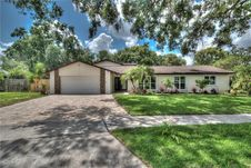 130 White Oak Cir