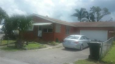 225 SW 10th Ave