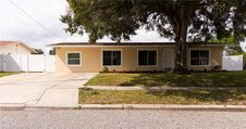 5814 Oxford Dr