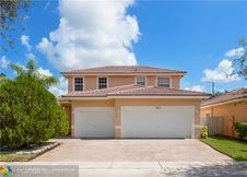 3033 SW 137th Ave
