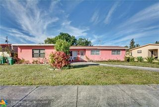831 NW 173rd Ter