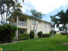 1560 NW 18th Ave Unit 204