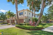 10807 NW 73rd Ct Unit 10807