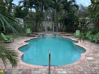 1424 HOLLY HEIGHTS DR Unit 5