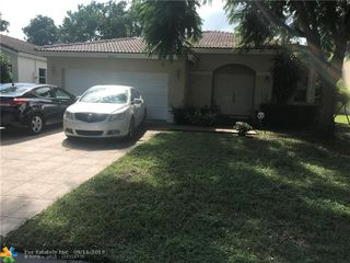 4445 NW 45th Ter
