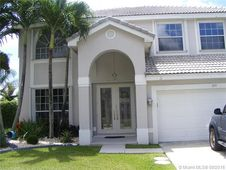 895 SW 172nd Ter