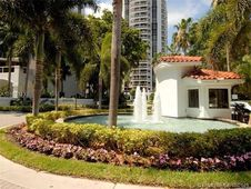 3600 Yacht Club Dr Unit 403