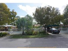 3360 NW 95 St