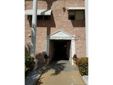 300 Golden Isles Dr Unit 217
