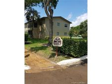 301 NW 76th Ave Unit 203