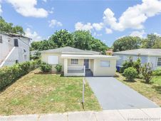 1460 NW 44th St