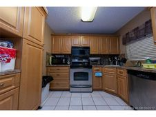 3319 NW 47th Ave Unit 3240
