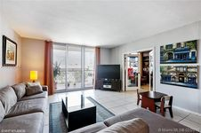 5825 Collins Ave Unit 4A