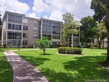 2900 NW 48th Ter Unit 202