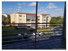 2811 Somerset Dr Unit 418