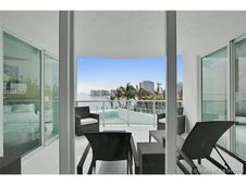1910 Bay Dr Unit 302