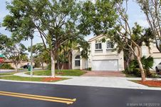 10981 NW 44th Ter