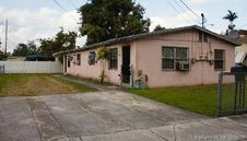 1361 NW 40th St