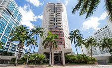 6767 Collins Ave Unit 203