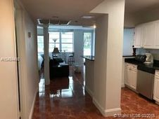 100 Lincoln Rd Unit 338