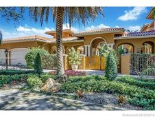 8585 NW 169th Ter