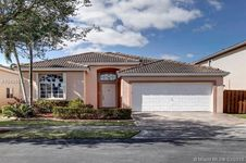 5434 NW 111th Ct