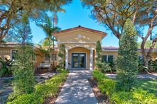 2412 Country Club Prado