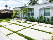 232 NW 59th St