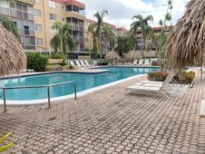 403 NW 68th Ave Unit 309