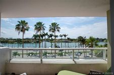 5005 Collins Ave Unit 401