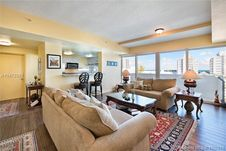 6580 Indian Creek Dr Unit 501