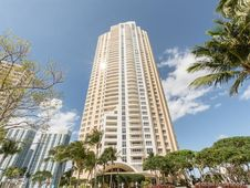 848 Brickell Key Dr Unit 703