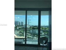 888 Biscayne Blvd Unit 811