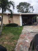 1501 NW 174th St