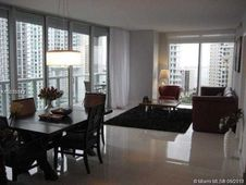 495 Brickell Av Unit 1902