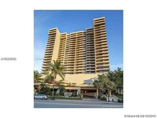 2555 Collins Ave Unit 604