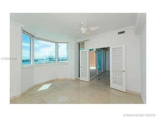 300 S Pointe Dr Unit 1002
