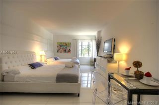 1801 Collins Ave Unit 430